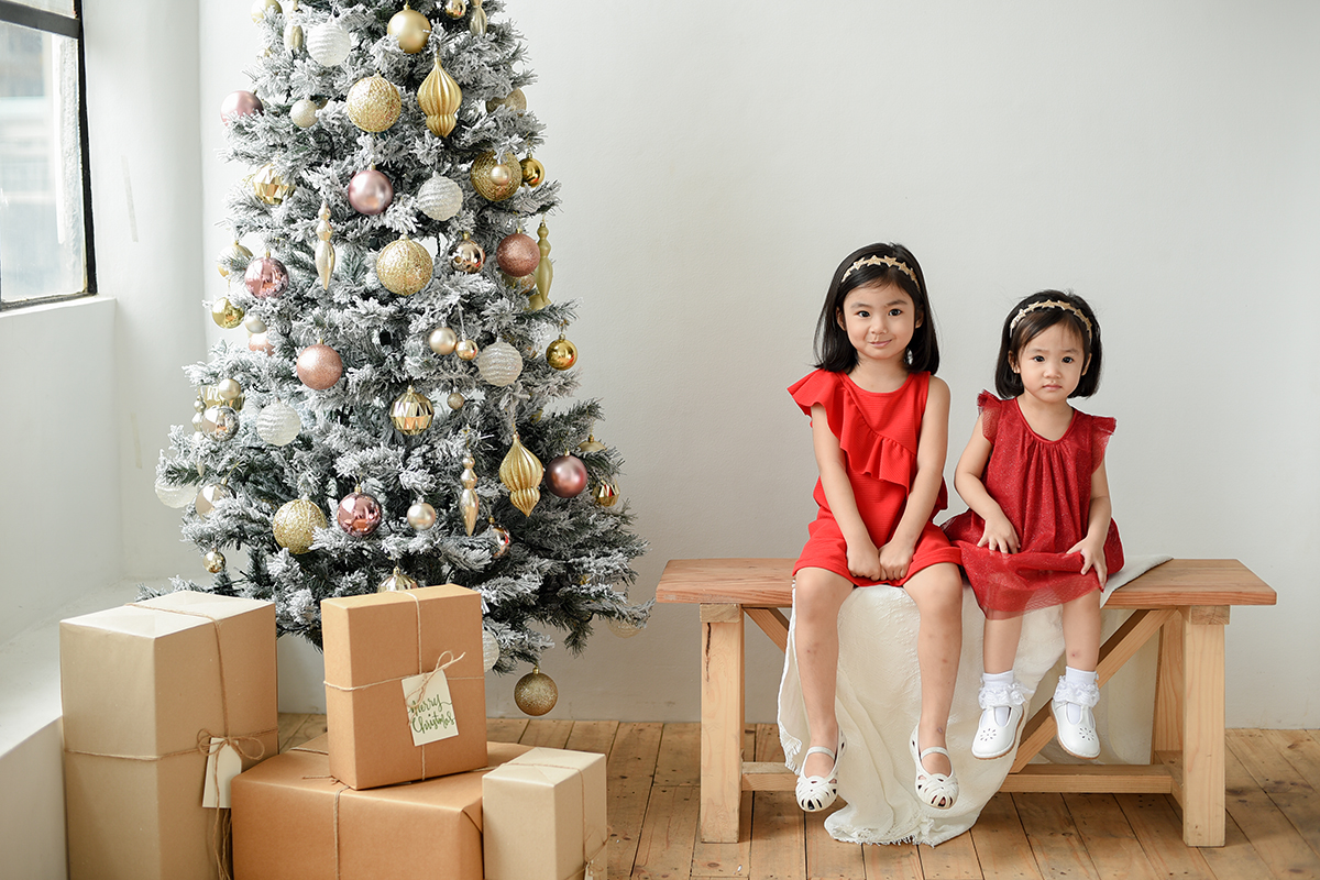 kids portrait christmas